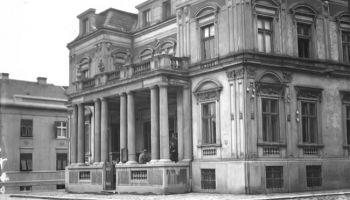 Танјуг, РТС, Политика, 6.4.2017, Трагедија Народне библиотеке није била случајност