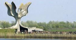 Споменик арх. Богдана Богдановића у логору Јасеновац Фото: Политика