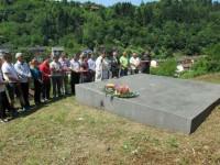 Сребреница: Надгробна плоча жртвама усташког терора 1943. Фото: РТРС/Срна