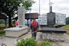 Залазје: Споменици српским жртвама у Другом светском и последњем рату Фото: Вечерње новости