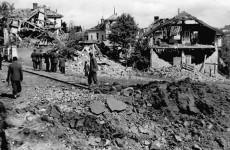 Београд после бомбардовања априла 1944, Пашино Брдо Фото: Музеј историје Југославије, инв. бр. 6828