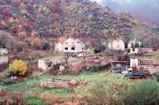 Трново, фотографија из 1996. Фото: Википедија / DoD Benjamin M. Andrea