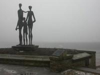 Споменик убијенима у Новосадској рацији Фото: Вести онлајн
