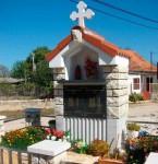 Споменик (2011) Србима убијеним у Вариводама 1995. године Фото: В.новости, ДИЦ Веритас