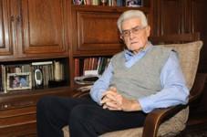 Александар Матановић, иницијатор Српског меморијала